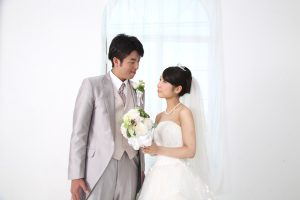 山口達也の結婚までの馴れ初めと嫁と離婚した理由が衝撃!元嫁高沢悠子さんがモデル時代が美人すぎる?